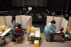 España administra 573.014 dosis en las últimas 24 horas, nuevo récord diario