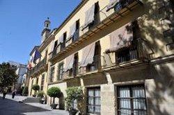 El Ayuntamiento de Jerez de la Frontera (Cádiz) declara un día de luto por la muerte de Caballero Bonald