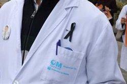 Los sindicatos de médicos muestran su