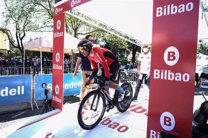 Mikel Landa abandona el Giro con fracturas de clavícula y varias costillas
