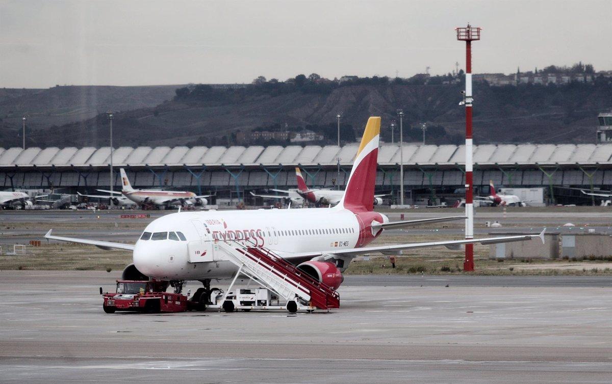 España permitirá desde hoy la entrada de viajeros que acrediten estar vacunados - Descubrir