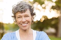 Controlar los niveles de hormona D puede ser clave para el bienestar de la mujer en la madurez, según experto