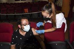 España bate un nuevo récord diario de administración de dosis, con 733.245