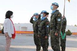Robles visita a las tropas españolas desplegadas en el Líbano cuando se cumplen 15 años de misión