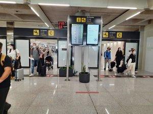Los aeropuertos españoles operarán 15.763 vuelos este fin de semana en la operación salida