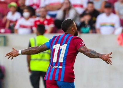 El Barça carbura al ritmo de Memphis en su goleada al Stuttgart