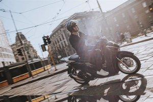 Mandelli se hace con el control de la firma de accesorios para motos Tucano Urbano