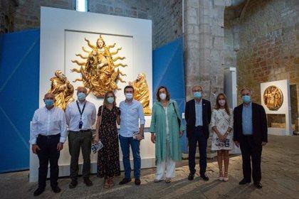Casado visita la exposición 'Las Edades del Hombre' y expresa su apoyo al patrimonio románico palentino