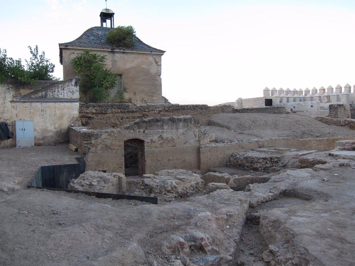 Un nuevo proyecto consolidará el yacimiento arqueológico de la Alcazaba de Badajoz - Descubrir