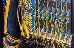 La Champions League, iPhone 13 y la vuelta a la rutina marcan un tráfico de Internet récord en España: 705 Gbit/s