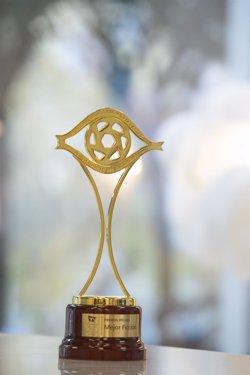 La Academia de Televisión prepara la gala entrega de los Premios Iris 2020/2021, que conducirá Jota Abril