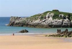 Muere ahogado un hombre de 45 años en la playa de Ris (Cantabria)