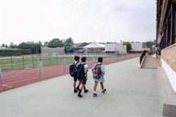 Cantabria cierra tres nuevas aulas y se mantienen en 17 las confinadas