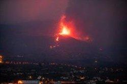 Las operadoras dejan de cobrar y regalan bonos de datos para los habitantes de La Palma